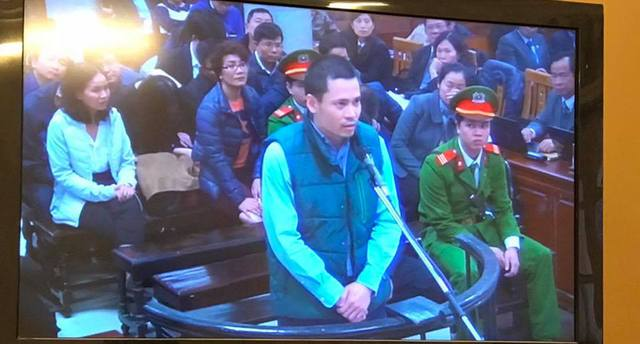 Phiên tòa chiều 7/3: Nguyễn Xuân Thắng đã nhận chuyển giúp Nguyễn Xuân Sơn 226 tỷ đồng - Ảnh 1.