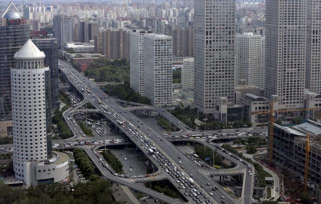 Tuy nhiên, chênh lệch giàu nghèo chỉ là một trở ngại nhỏ. Trung Quốc đã có thể xây dựng hệ thống đường cao tốc và nhiều tòa nhà không kém cạnh so với các nước phát triển.