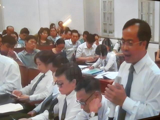Phiên tòa chiều 15/9: Luật sư đề nghị xem xét giảm án cho Nguyễn Xuân Thắng - Ảnh 1.