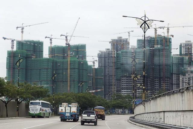 Công trường xây dựng của Country Garden, dự án Danga Bay. Nguồn: Bloomberg.