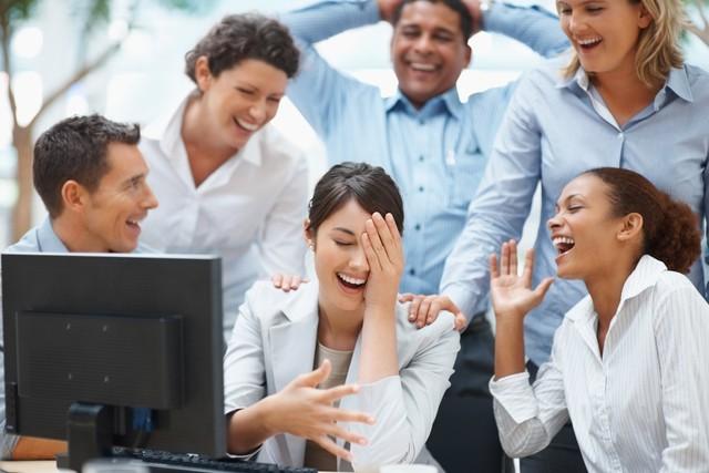 Sự vui vẻ, hài hước nơi công sở đem lại những lợi ích vô cùng bất ngờ