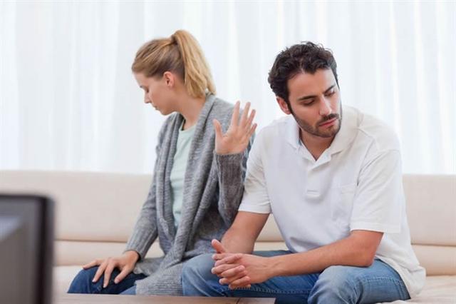 Giao tiếp tích cực là chìa khóa giúp hôn nhân hạnh phúc.