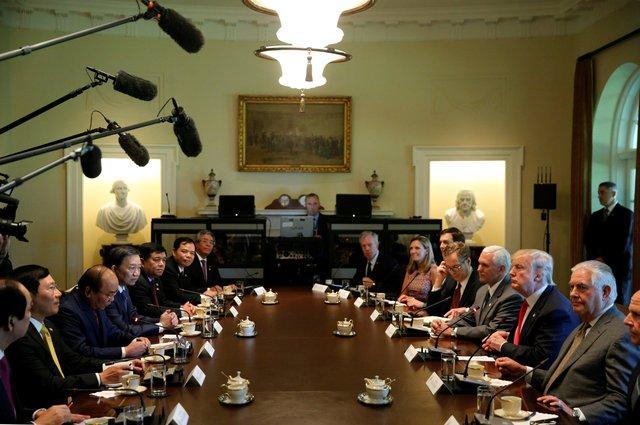 Kết thúc cuộc hội đàm, Tổng thống Trump cho biết ông và Thủ tướng Nguyễn Xuân Phúc đã thảo luận về rất nhiều những chủ đề quan trọng, trong đó có thương mại. Ảnh: Reuters.