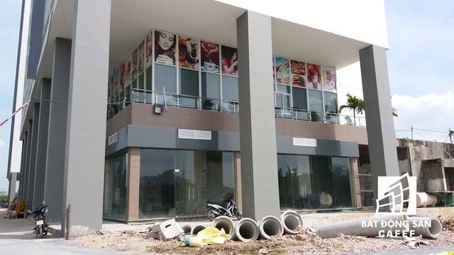 Công trình dự án PetroVietnam Landmark đang xây dựng dở dang.