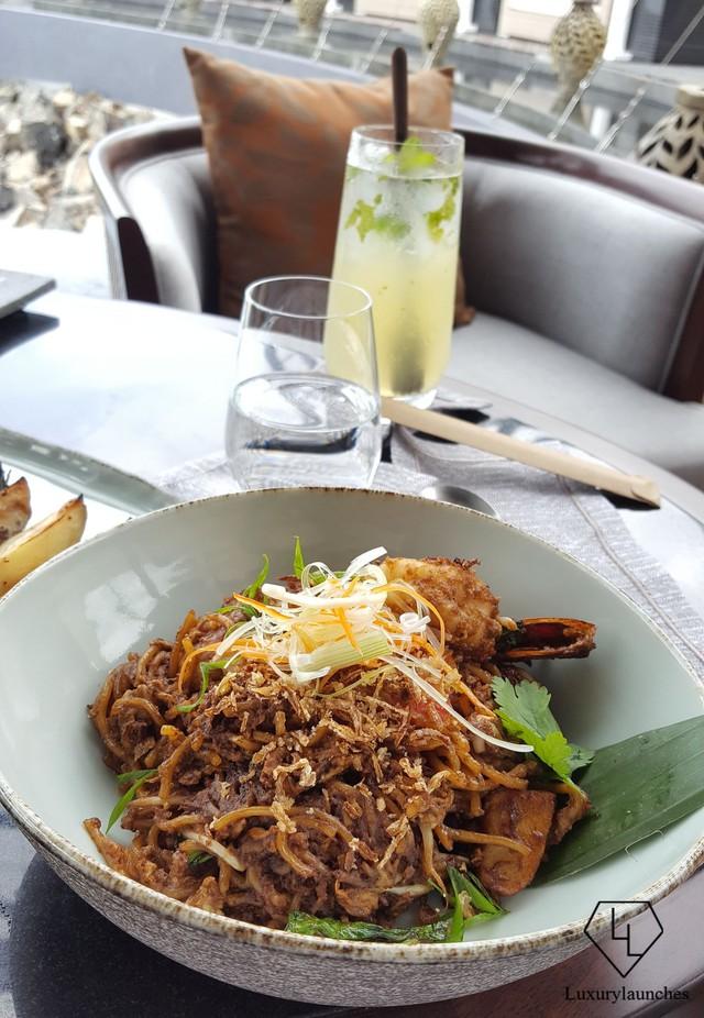Mee Goreng Mamak được chế biến với đúng số lượng gia vị.