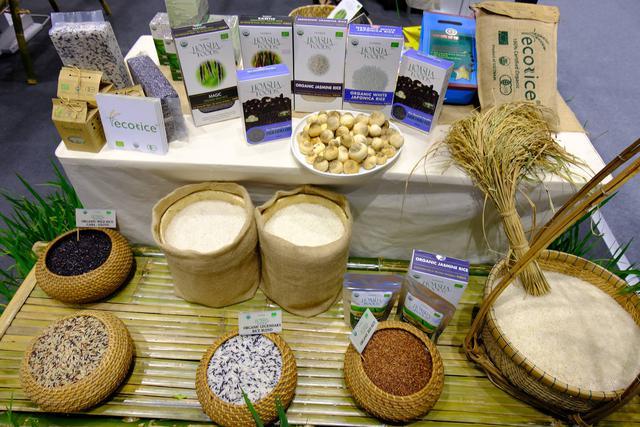 Gạo Việt Nam mang sang Thái triển lãm