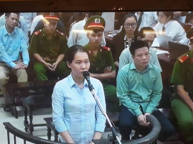 Xét xử vụ Hà Văn Thắm sáng 30/8: Hà Văn Thắm kêu bị oan với tội Lạm dụng chức vụ chiếm đoạt tài sản - Ảnh 1.