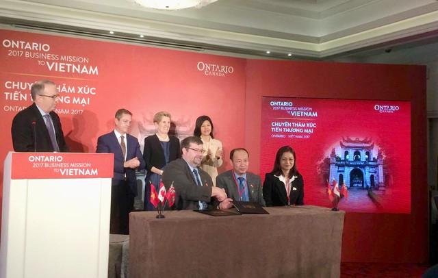 Lễ ký kết thỏa thuận Hợp tác giữa Việt Nam - Ontario, Canada.
