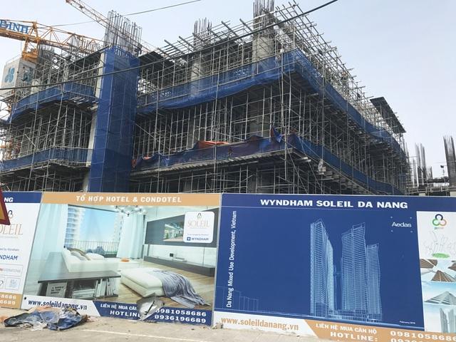 Dự án Soleil Đà Nẵng của PPC An Thịnh đang xây dựng đến tầng 3. Trong hình là toà tháp cao nhất Đà Nẵng đang được xây dựng khối thương mại.