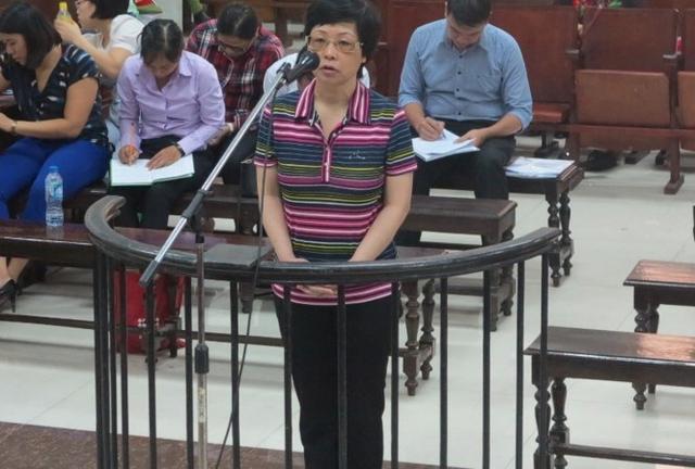 Tại phiên sơ thẩm, TAND TP Hà Nội tuyên phạt Châu Thị Thu Nga án chung thân về tội Lừa đảo chiếm đoạt tài sản.