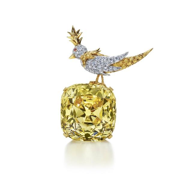 Viêm kim cương Tiffany màu vàng nhạt đắt nhất thế giới.
