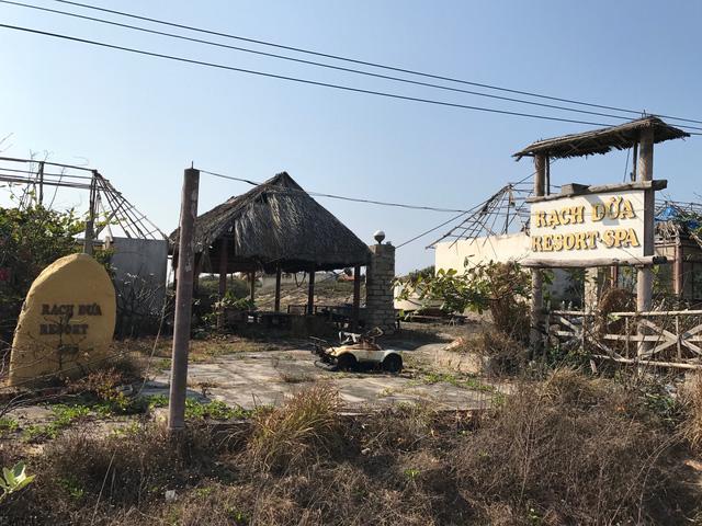 Tan hoang khu du lịch Rạch Dừa