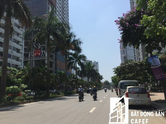 Hai tuyến đường Hàm Nghi - Nguyễn Cơ Thạch nơi dự án tọa lạc khá thoáng và rộng.