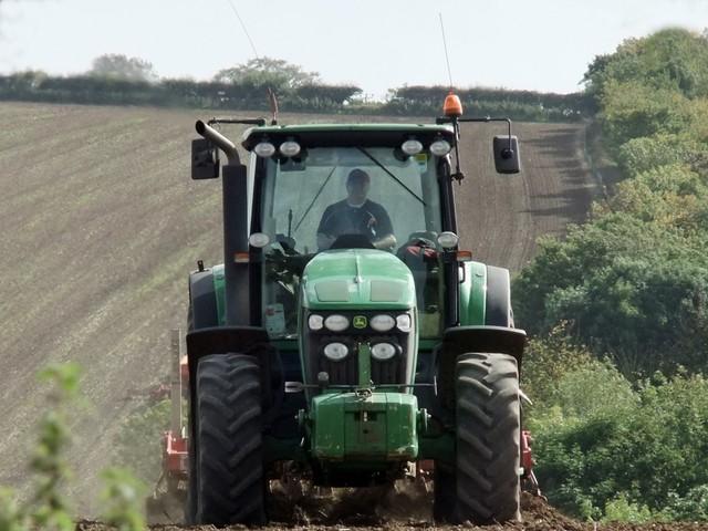 Nông nghiệp cũng sẽ bị ảnh hưởng với 6% tổng số việc làm bị mất. Ảnh: Wikimedia