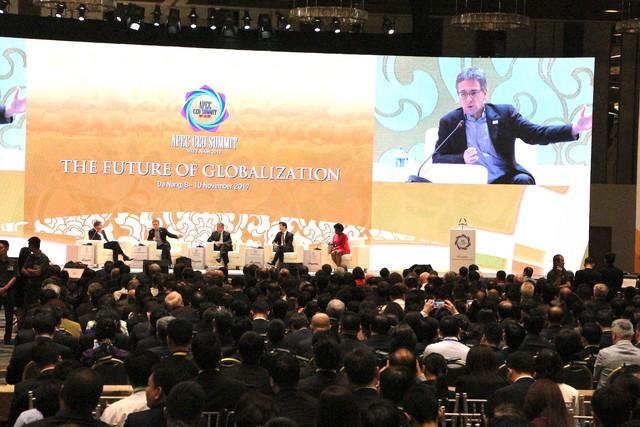 Nhìn lại ngày làm việc đầu tiên của CEO Summit 2017, Hội nghị Thượng đỉnh Doanh nghiệp lớn nhất lịch sử APEC - Ảnh 1.