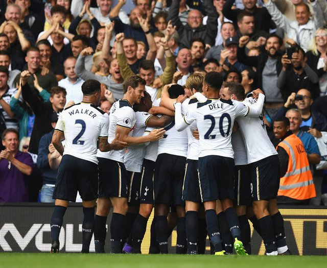 4. Tottenham Hotspur - 145,4 triệu bảng. Ảnh: Daily Star.