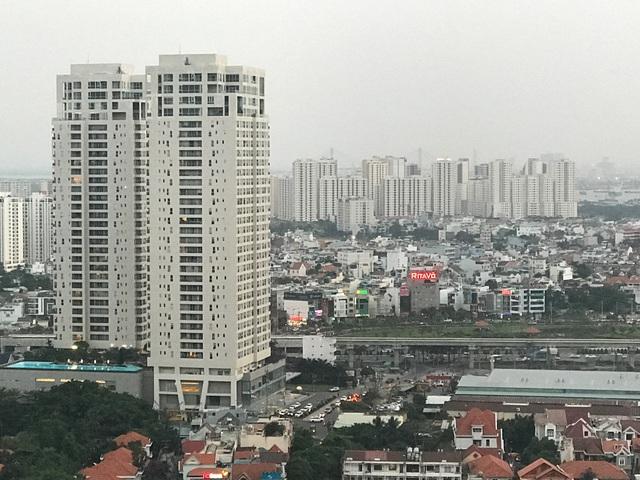 Tuyến metro số 1 Bến Thành - Suối Tiên đang được nối tuyến thông suốt từ nhà ga (Thủ Đức) đến cầu Sài Gòn, chạy đua với đó là nguồn cung nhà ở tại đây cũng tăng cao.