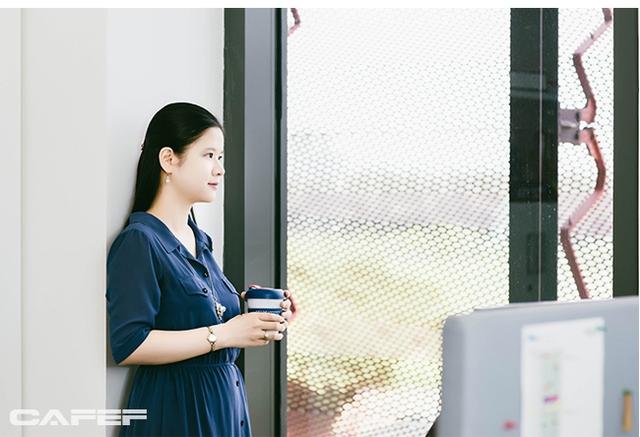Lê Thái Hà: Nữ giảng viên có thời gian hoàn thành luận án Tiến sĩ ngắn kỷ lục tại Đại học số 1 Singapore - Ảnh 1.