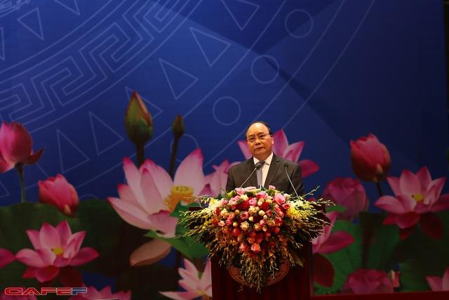 [Trực tiếp] CEO HSBC: Chính phủ đổi mới thì DN cũng cần đổi mới để Việt Nam sớm trở thành con hổ châu Á - Ảnh 1.