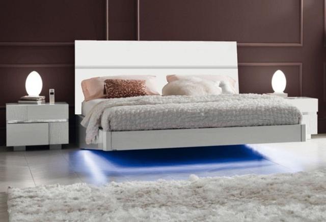 Một góc nghỉ ngơi, thư giãn tuyệt vời trong phòng ngủ.