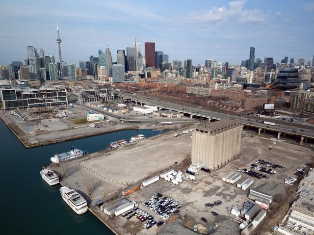 Sidewalk Labs, bộ phận đổi mới đô thị của Alphabet – công ty mẹ Google, vừa công bố kế hoạch xây dựng thành phố công nghệ cao giữa lòng Toronto, Canada.