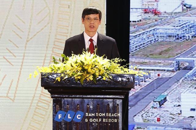 Tại hội nghị, ông Nguyễn Đình Xứng, Phó Bí thư Tỉnh ủy, Chủ tịch UBND tỉnh Thanh Hóa cho biết tỉnh đang huy động các nguồn lực nhằm để hoàn thành 100% yêu cầu tiến độ giải phóng mặt bằng; đưa trung tâm hành chính công các cấp đi vào hoạt động trong năm 2017; giảm tối thiểu 30% thời gian giải quyết thủ tục hành chính so với quy định.