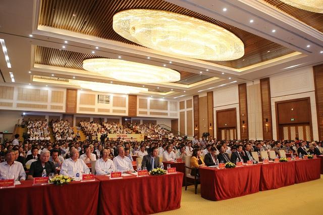 Đến 2030, tỉnh đặt mục tiêu tăng tổng GDP từ 3% của kinh tế Việt Nam hiện nay lên 8%; thu hút 30 triệu lượt du khách; tổng GRDP đạt 50 tỷ USD; chỉ số GRDP bình quân đầu người là 11.000 USD/người.