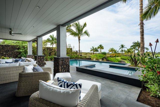 Kiến trúc trong nhà dù hiện đại nhưng vẫn mang đậm phong cách Hawaii.