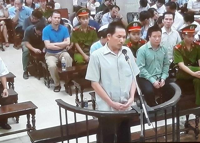 Phiên tòa chiều 8/9: Cựu lãnh đạo Oceanbank nghĩ chi lãi ngoài chỉ bị xử phạt hành chính - Ảnh 1.
