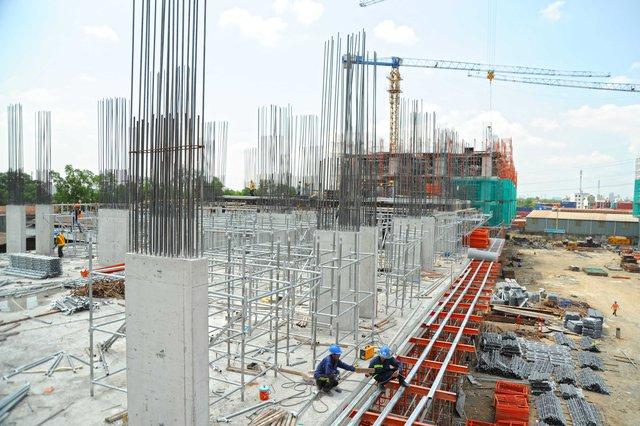 Block A đang được xây dựng đến tầng 5.