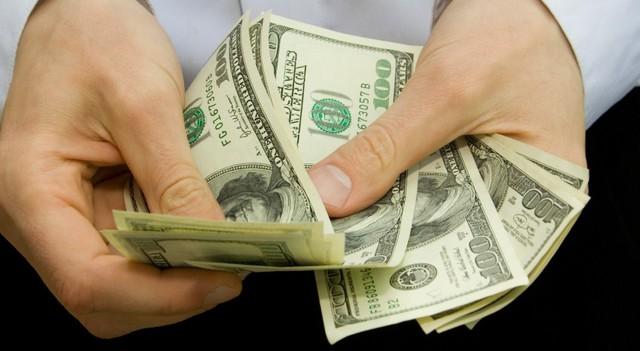 Tiết kiệm không giúp bạn giàu nhanh hơn.