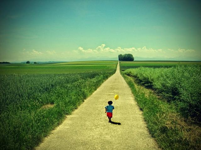 Bước đầu tiên của sự trưởng thành là xác định được điều bạn không chấp nhận được ở bản thân.