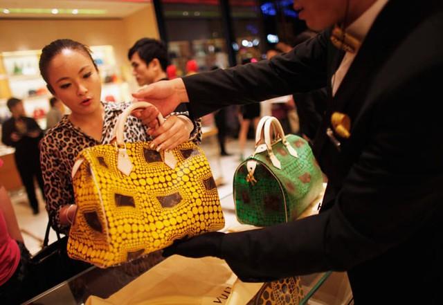 86% người giàu Trung Quốc có nhu cầu tiêu dùng các sản phẩm xa xỉ, cao cấp.