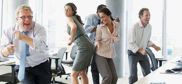 Môi trường làm việc thân thiện khiến nhân viên có cảm giác thuộc về noi này...