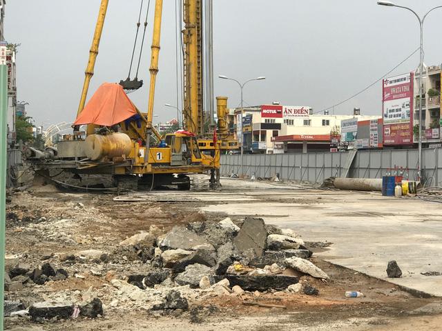 Dự án hầm chui cửa ngõ sân bay vừa được khởi công và đang đẩy nhanh tiến độ lên cao.