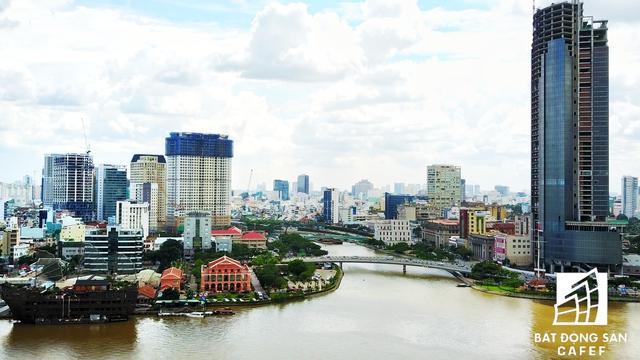 Khu vực đang có sự bùng nổ giá nhà đất do nơi đây sắp xuất hiện một dự án siêu đô thị với hàng loạt tòa nhà cao tầng hướng sông Sài Gòn.