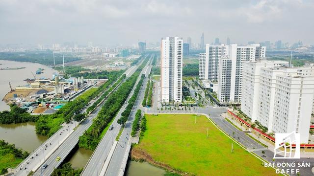 Dự án cầu qua đảo Kim Cương, quận 2 nằm trên tuyến đường ven sông Sài Gòn sẽ kết nối khu đô thị mới Thủ Thiêm và khu dân cư Thạnh Mỹ Lợi vừa được TP.HCM vừa được khởi công ngày 7/9.