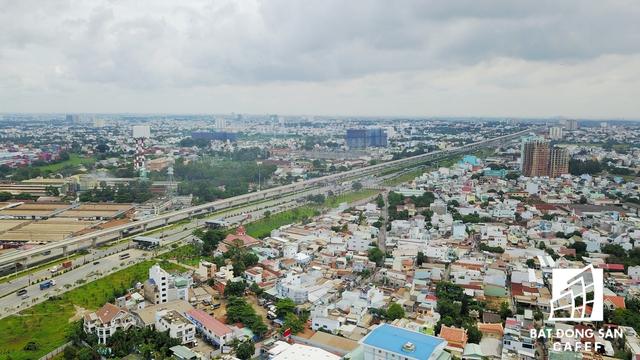 Toàn bộ phần đường trên cao đoạn từ cầu Sài Gòn đến Thủ Đức (nhà ga trung tâm) đã được nối thông suốt.