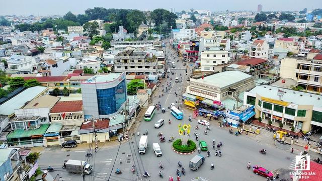 Theo tìm hiểu, đường Tô Ngọc Vân là tuyến xương sống kết nối đại lộ Phạm Văn Đồng với Xa lộ Hà Nội, do vậy sau khi tuyến đường được mở rộng sẽ giúp giải tỏa lưu lượng giao thông trên địa bàn.