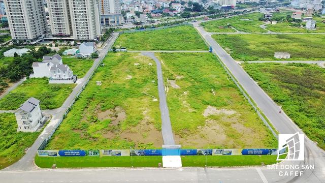 Tại phường Thạnh Mỹ Lợi, quận 2 đang còn nhiều dự án chậm triển khai đầu tư mặc dù đã được thành phố chấp thuận giao đất từ lâu