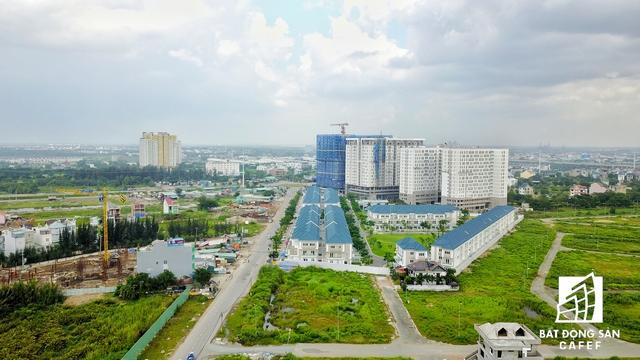 Dự án của Khang Điền, NHO... cũng được tập trung xung quanh khu vực gần khu liên hợp thể dục thể thao Rạch Chiếc.
