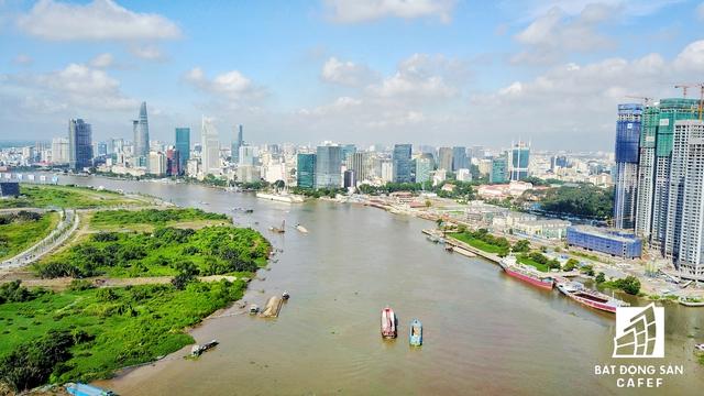 Đường Nguyễn Hữu Cảnh là cửa ngõ ra vào khu trung tâm 930ha đã được TP.HCM phê duyệt.