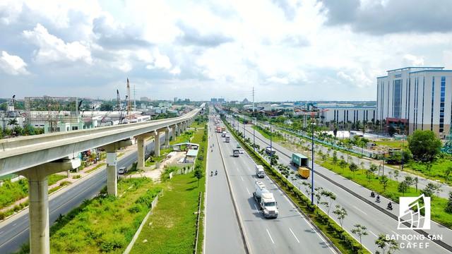 ' Hạ tầng giao thông xung quanh Khu đô thị đại học quốc gia đã và đang được đầu tư khá khép kín. '