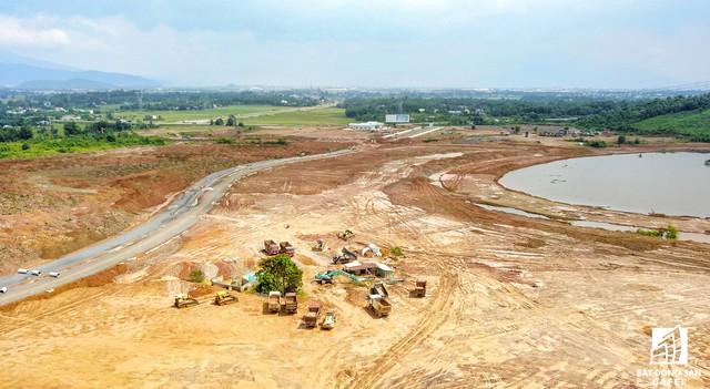 Theo kế hoạch, đến cuối tháng 6/2018 dự án sẽ hoàn thành hạng mục san nền và cuối năm 2018 đưa dự án vào hoạt động.