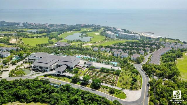 Trên thực tế, Phan Thiết phát triển muộn hơn so với các trung tâm du lịch khác như Đà Nẵng, Nha Trang hay Vũng Tàu nhưng cũng đang cho thấy tiềm năng cho một thị trường nghỉ dưỡng mới.