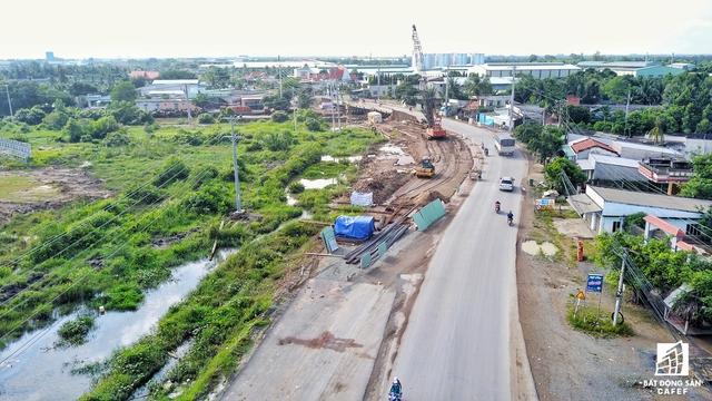 Tuyến đường được mở rộng là cầu nối quan trọng kết nối các khu công nghiệp trong tỉnh với nhau và kết nối với Cảng Quốc tế Long An, tạo động lực cho phát triển công nghiệp của tỉnh.