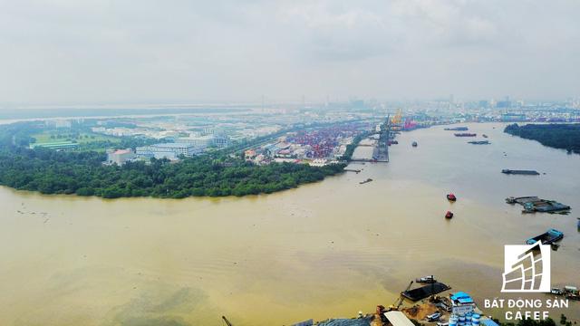 Vị trí trong tương lai sẽ được đầu tư xây dựng dự án cầu Thủ Thiêm 4 có tổng vốn 5.200 tỷ đồng, kết nối trực tiếp từ đường Mai Chí Thọ (quận 2) sang đường Huỳnh Tấn Phát (quận 7).
