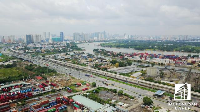 TP.HCM đang có chủ trương di dời một số cảng sông nằm tại khu Đông. Đây cũng là một cơ hội lớn để nhiều nhà đầu tư rót vốn làm dự án nhà ở.
