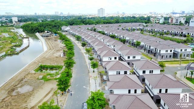 Ngoài Khang Điền và Novaland, ở khu Đông Công ty Nam Long cũng có dự án Mizuki Park có qui mô 26ha tọa lạc trên đại lộ Nguyễn Văn Linh, cạnh Phú Mỹ Hưng.