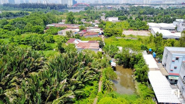 UBND TP. HCM yêu cầu Sở Tài nguyên và Môi trường cần phối hợp với UBND huyện Nhà Bè đề xuất hướng xử lý thu hồi phần diện tích đất còn lại của dự án Khu dân cư Bắc Phước Kiểng – Nhà Bè và các dự án tương tự khác mà chủ đầu tư không thể thỏa thuận bồi thường với các hộ dân.